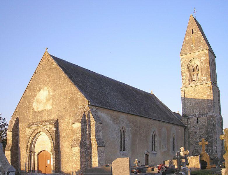 Photo du Monument Historique Eglise situé à Crouay