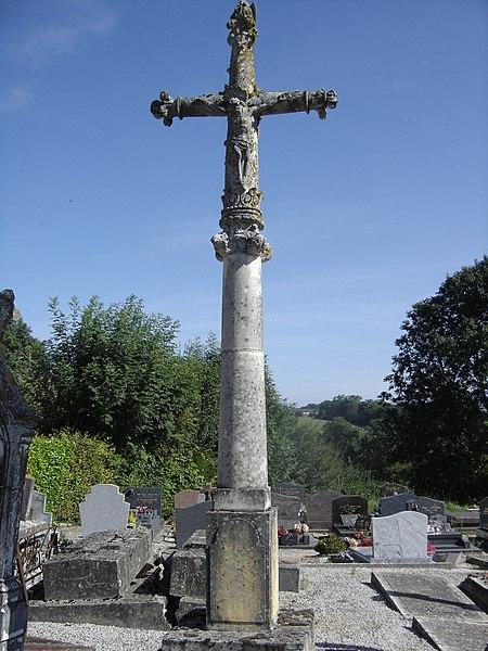 Photo du Monument Historique Croix du cimetière situé à Douville-en-Auge