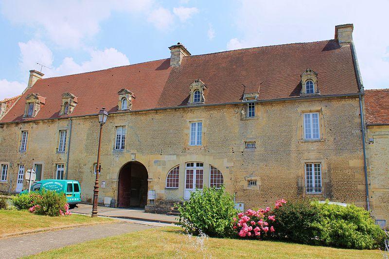 Photo du Monument Historique Ancienne auberge de La Romaine situé à Falaise