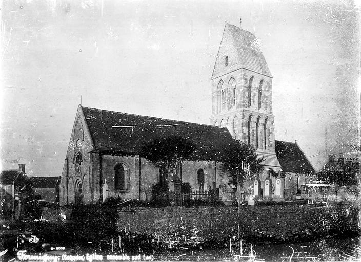 Photo du Monument Historique Eglise situé à Formigny