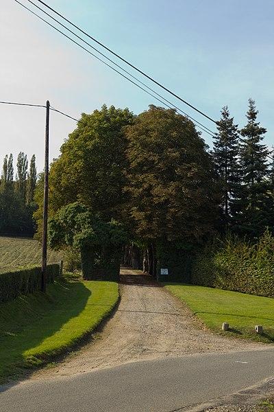 Photo du Monument Historique Manoir de Bray situé à Glos