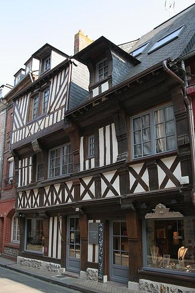 Photo du Monument Historique Maisons situé à Honfleur