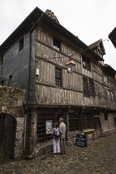 Photo du Monument Historique Manoir Vigneron situé à Honfleur