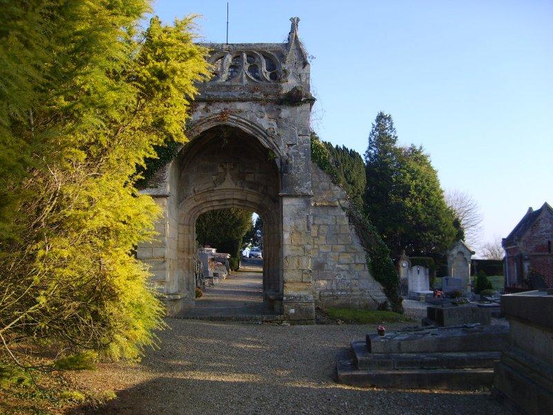 Vestiges de l'ancienne église de Beuzeval