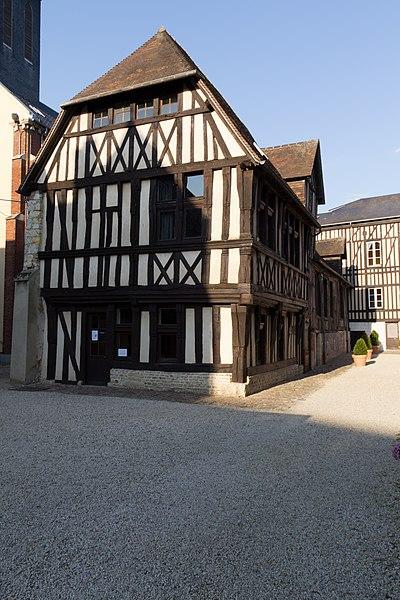 Photo du Monument Historique Immeuble situé à Lisieux