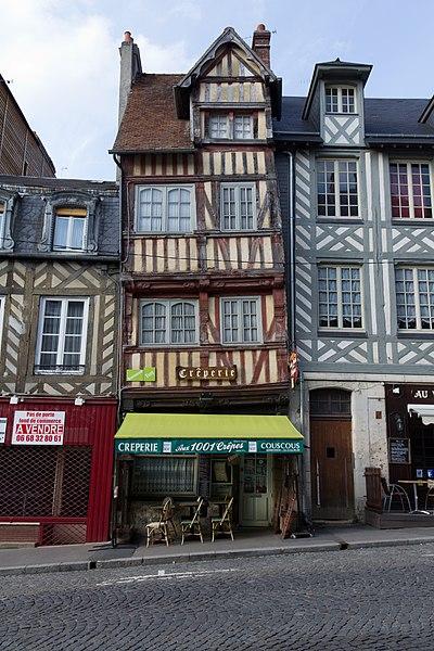 Photo du Monument Historique Maison situé à Lisieux
