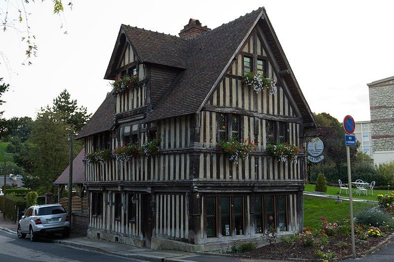 Photo du Monument Historique Maison en pans de bois d'Assemont situé à Lisieux