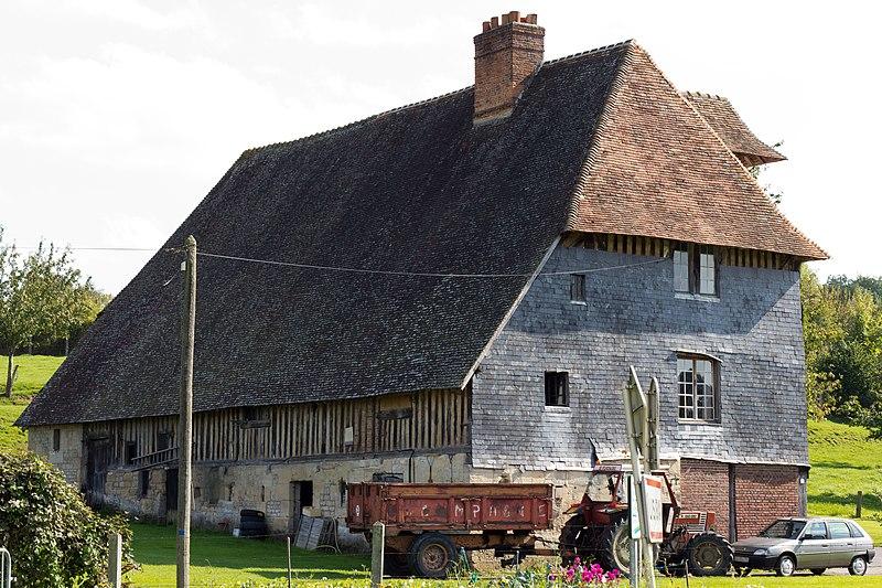 Photo du Monument Historique Manoir du Lieu-Binet situé à Lisieux