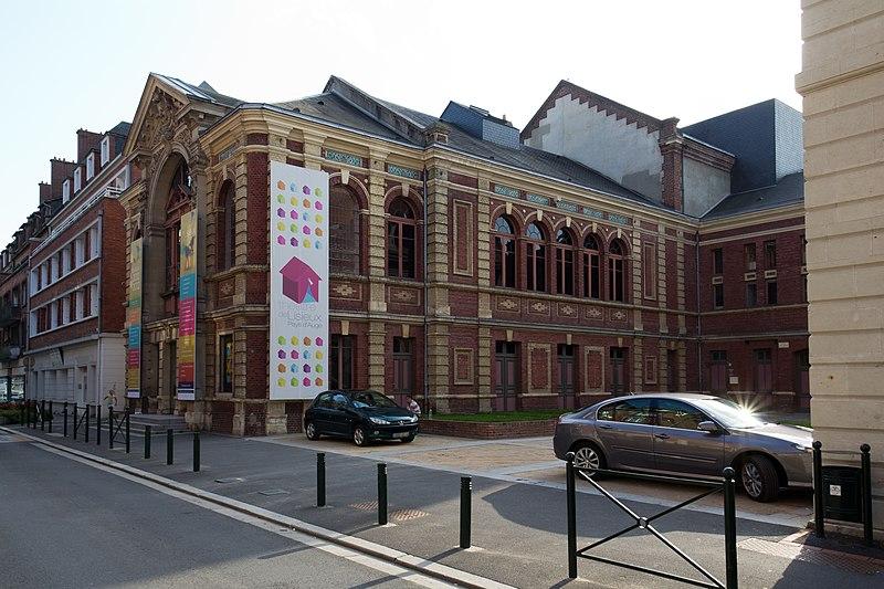 Photo du Monument Historique Théâtre municipal situé à Lisieux