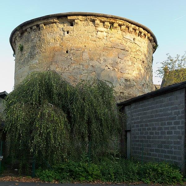 Photo du Monument Historique Tour Lambert situé à Lisieux