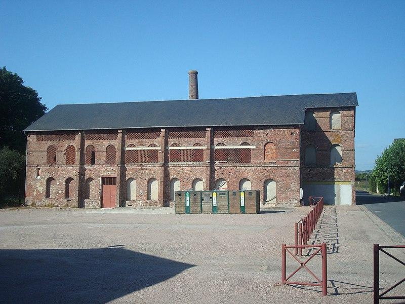 Photo du Monument Historique Ancienne usine Leroy situé à Livarot