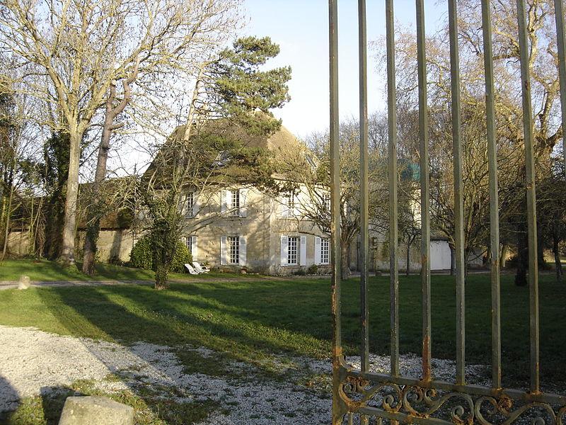 Photo du Monument Historique Château situé à Louvigny