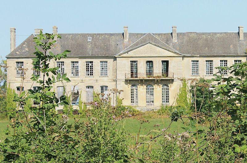Photo du Monument Historique Château et son parc situé à Magny-en-Bessin