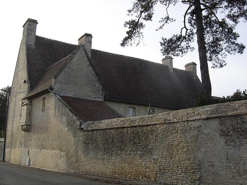 Photo du Monument Historique Manoir Saint-Jean situé à Mathieu