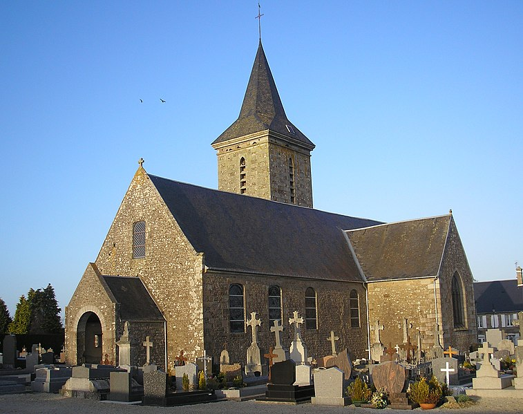 Photo du Monument Historique Eglise situé à Mesnil-Clinchamps