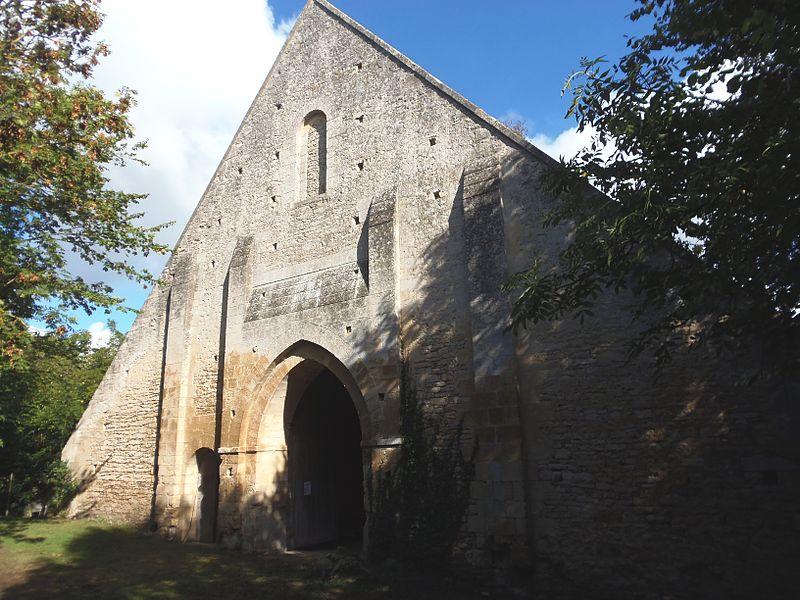 Photo du Monument Historique Ancienne grange aux dîmes situé à Perrières