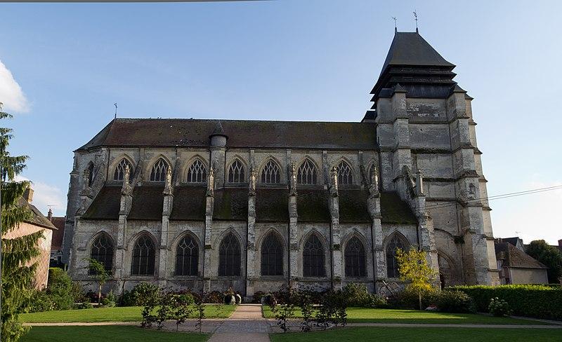 Photo du Monument Historique Eglise Saint-Michel situé à Pont-l'Evêque