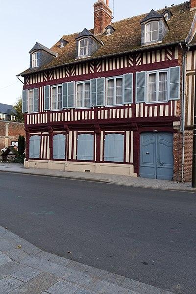Photo du Monument Historique Maison en pans de bois situé à Pont-l'Evêque