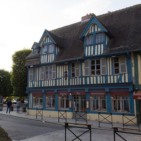 Photo du Monument Historique Maison situé à Pont-l'Evêque