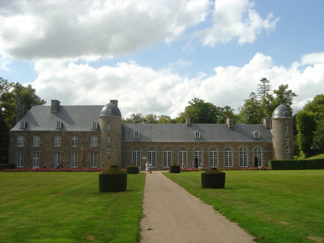 Photo du Monument Historique Château situé à Pontécoulant