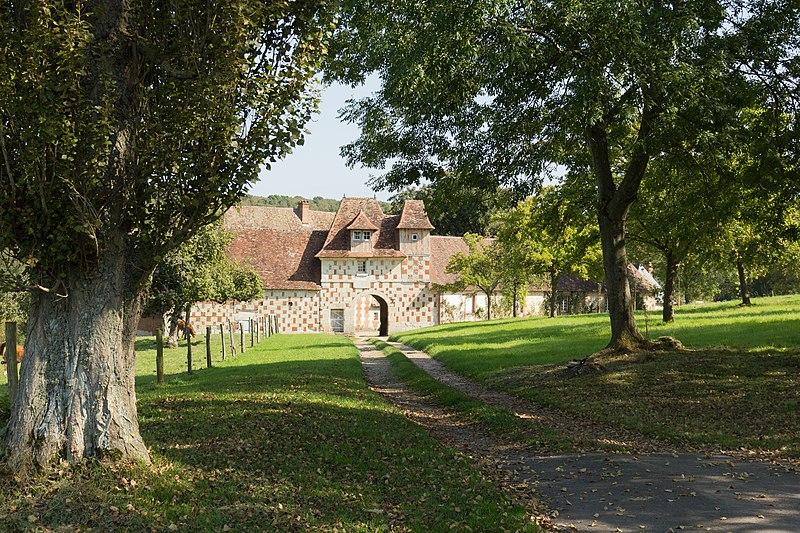 Photo du Monument Historique Manoir de Querville situé à Prêtreville