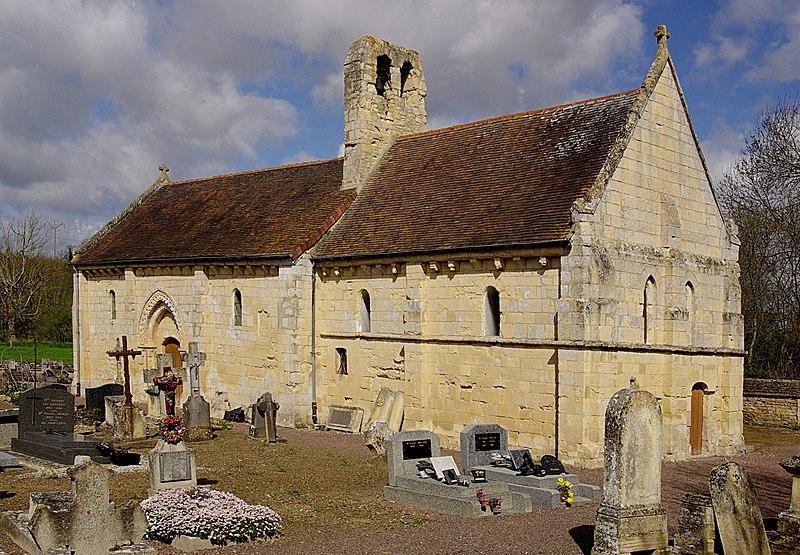 Photo du Monument Historique Eglise d'Etavaux, dite aussi chapelle Saint-Orthaire situé à Saint-André-sur-Orne