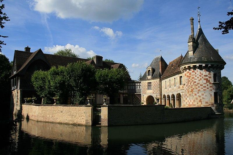 Photo du Monument Historique Château, actuellement annexe du musée intercommunal de Lisieux situé à Saint-Germain-de-Livet