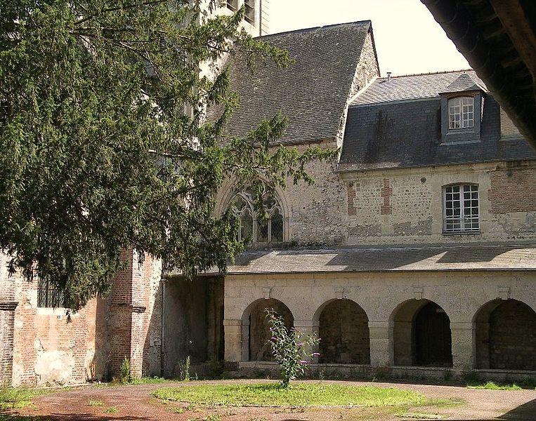 Photo du Monument Historique Ancien prieuré de Saint-Hymer situé à Saint-Hymer