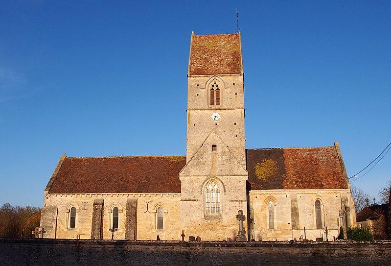 Photo du Monument Historique Eglise situé à Sassy