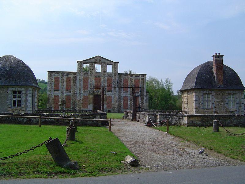 Photo du Monument Historique Château d'Harcourt situé à Thury-Harcourt