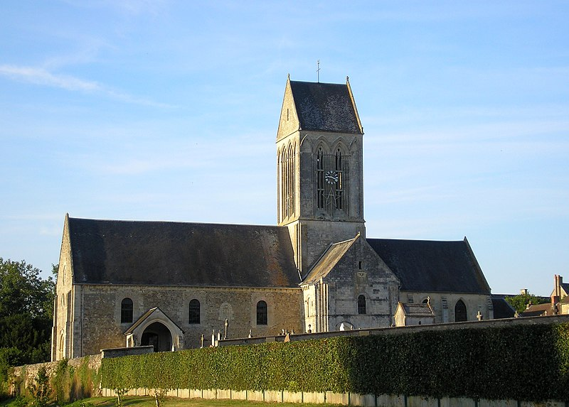 Photo du Monument Historique Eglise situé à Tilly-sur-Seulles