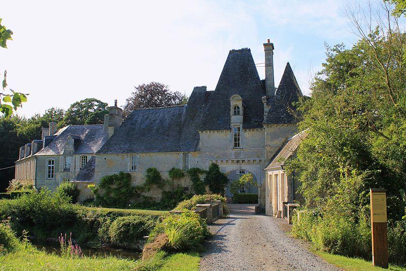 Photo du Monument Historique Château situé à Vaucelles