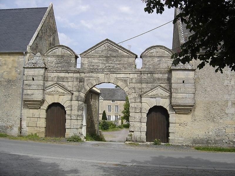 Photo du Monument Historique Manoir du 17e siècle situé à Villiers-le-Sec