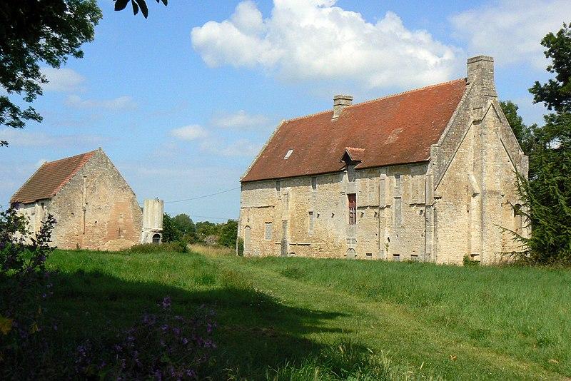 Photo du Monument Historique La Baronnie situé à Douvres-la-Délivrande