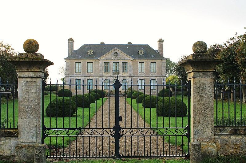 Photo du Monument Historique Château situé à Saint-Pierre-du-Jonquet