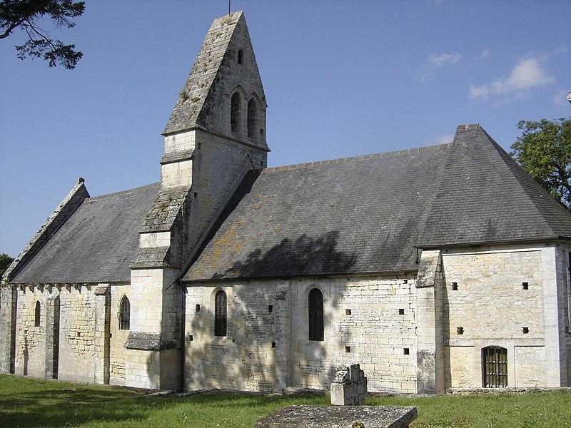 Photo du Monument Historique Eglise de la Sainte-Trinité du hameau de Pierrepont situé à Lantheuil