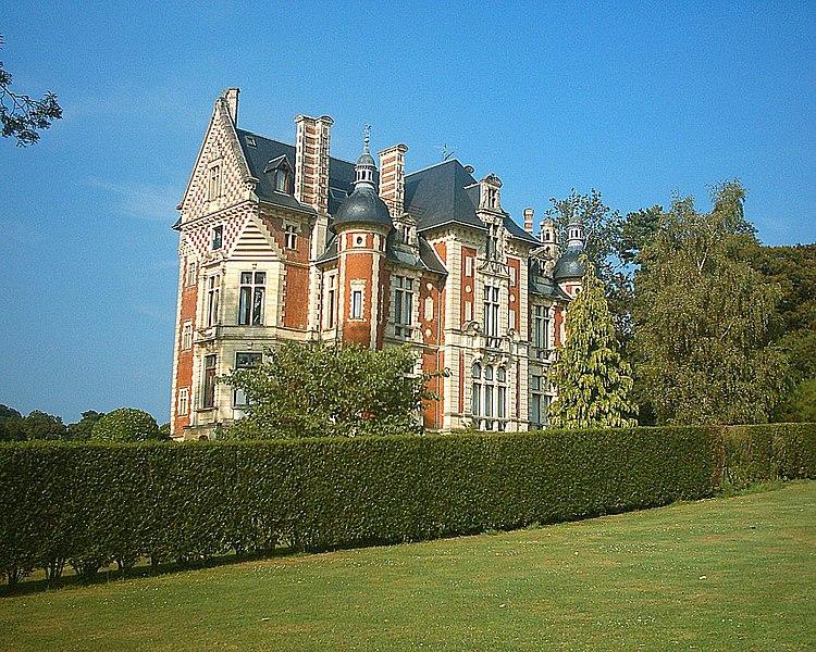 Photo du Monument Historique Château de Beuzeval (également sur commune de Gonneville-sur-Mer) situé à Houlgate