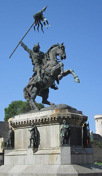 Photo du Monument Historique Statue de Guillaume le Conquérant situé à Falaise