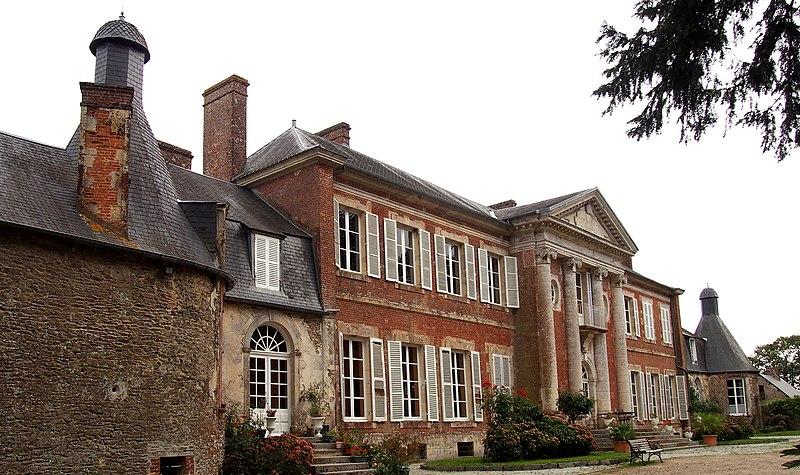 Photo du Monument Historique Château de Tréprel situé à Tréprel