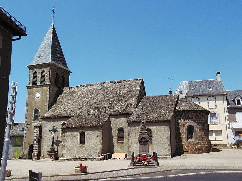 Photo du Monument Historique Eglise Saint-Ferréol situé à Ally