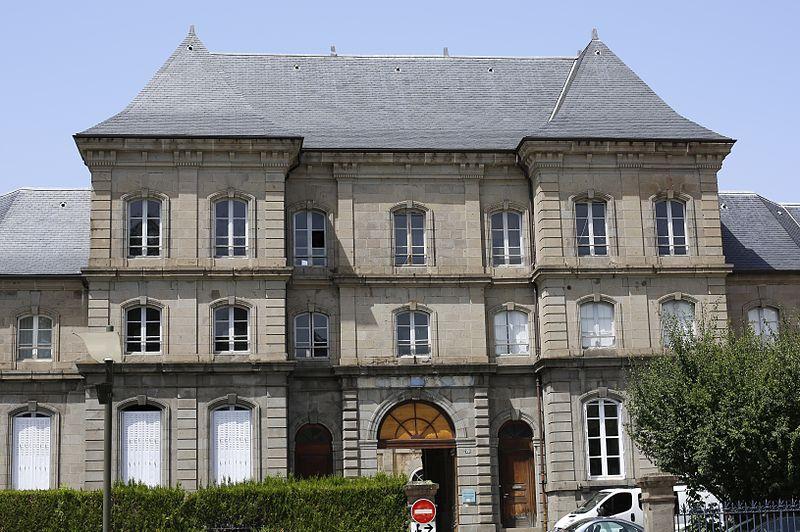 Photo du Monument Historique Gendarmerie situé à Aurillac