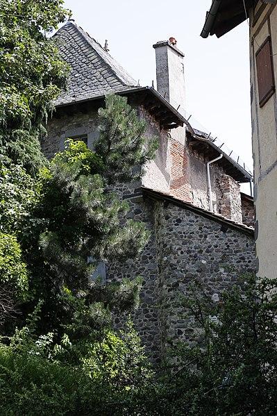 Photo du Monument Historique Hôtel de Noailles situé à Aurillac
