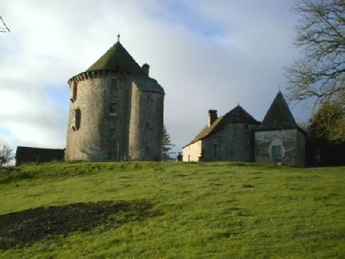 Photo du Monument Historique Tour du Couffour situé à Chaudes-Aigues