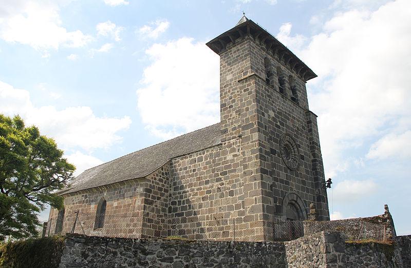 Photo du Monument Historique Eglise Saint-Géraud situé à Drugeac