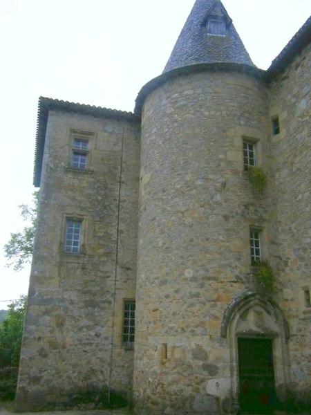 Photo du Monument Historique Château de Messac situé à Laroquebrou