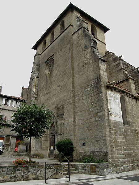 Photo du Monument Historique Eglise Saint-Martin situé à Laroquebrou