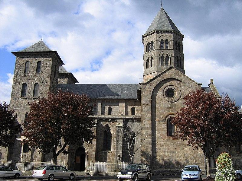 Photo du Monument Historique Eglise Notre-Dame-des-Miracles situé à Mauriac