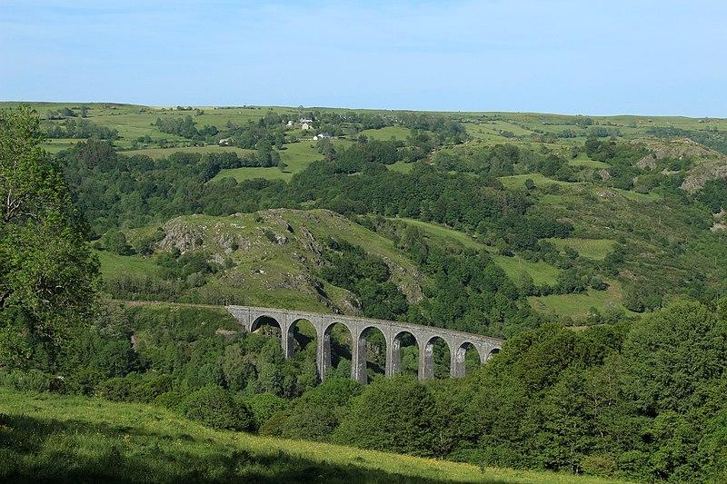 Photo du Monument Historique Viaduc de Barajols (également sur commune de Saint-Amandin) situé à Riom-ès-Montagnes