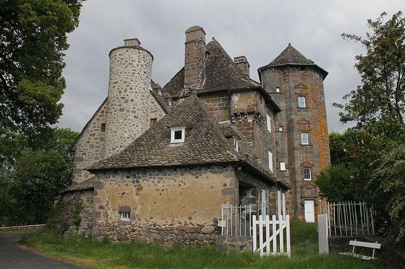 Photo du Monument Historique Château de Ragheaud situé à Saint-Cernin