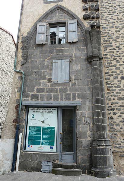 Photo du Monument Historique Boutique situé à Saint-Flour